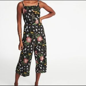 Old Navy Black Floral Strappy Jumpsuit XL